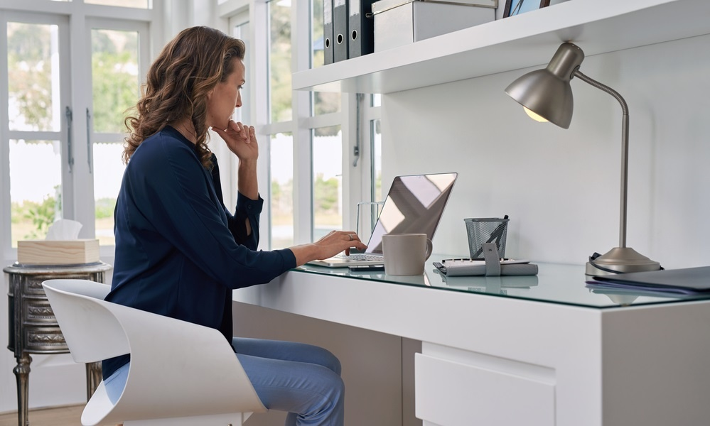 https://blog.accuchex.com/4-tips-for-managing-a-remote-workforce
